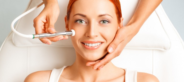 face lifting facial treatment
