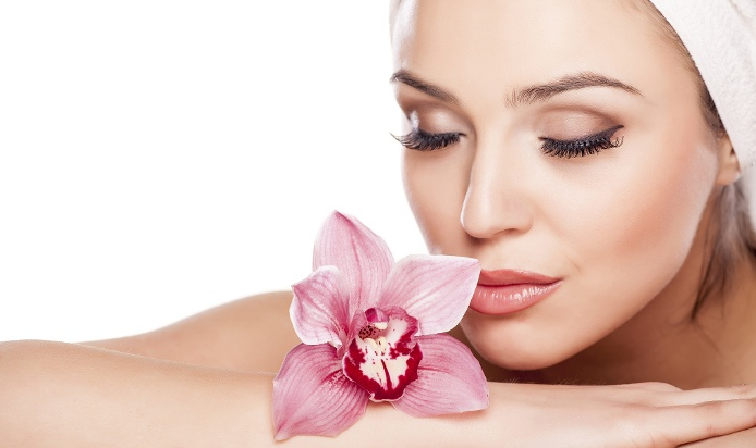 Facial Contours Lose Their Definition And The Skin Appears To Sag. Collagen  Is An Exclusive Age Defying Treatment That Associates A Pure Native  Collagen ...